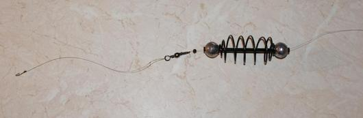 Оснастка для ловли леща на пенопласт