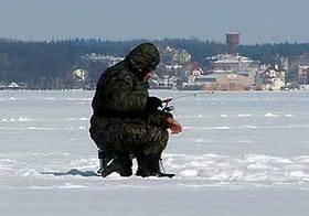 Это изображение имеет пустой атрибут alt; его имя файла - Рыбалка-в-мороз.jpg